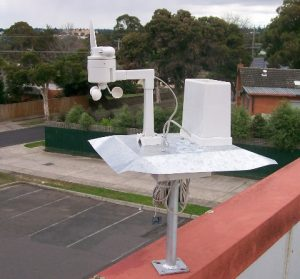 weather-station-transmitter-sml